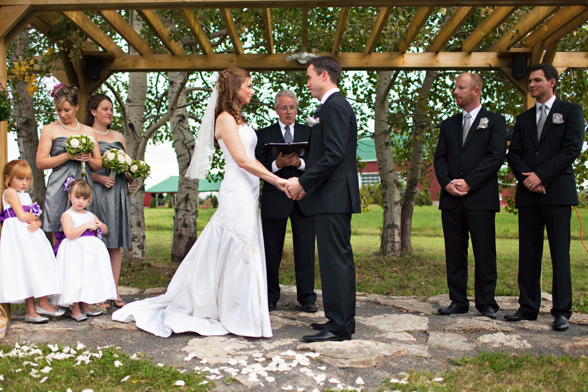 Couple S Wedding Ceremony And Reception Held At The Beach: Jen & Mike – Canada, 2010